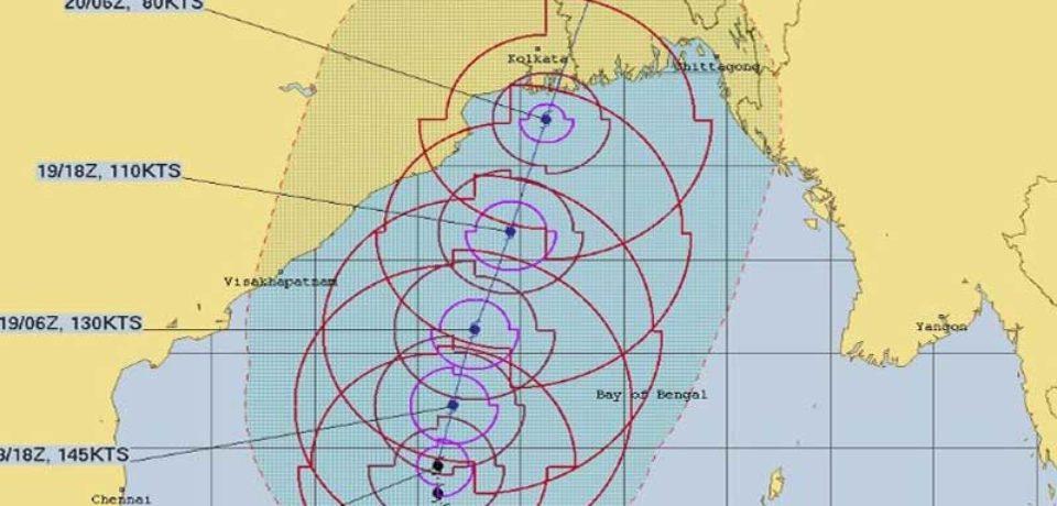 আম্পান : বুধবার সকাল থেকে মহাবিপদ সংকেত