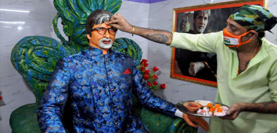 কলকাতার অমিতাভ মন্দিরে 'করোনা আক্রান্ত দেবতা'র জন্য যজ্ঞ