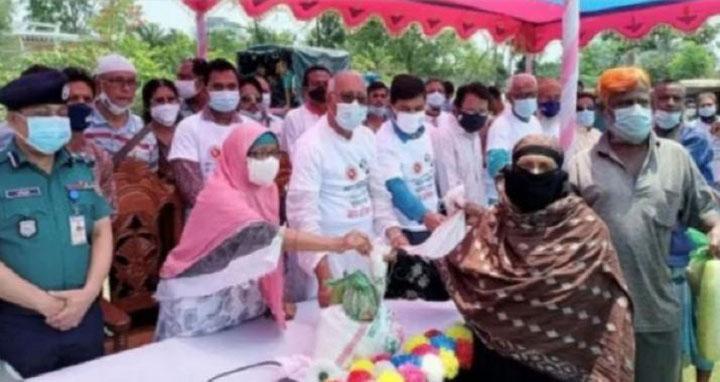 শ্রমিকদের সংকটে পাশে দাঁড়াতে সরকার বদ্ধপরিকর: শ্রম প্রতিমন্ত্রী