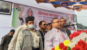 পল্লীর জনগণের জীবনমান উন্নয়নে কাজ করছে সরকার : এলজিইডি মন্ত্রী